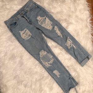 Brandy Melville ripped jeans boyfriend distressed